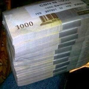 Cash loot